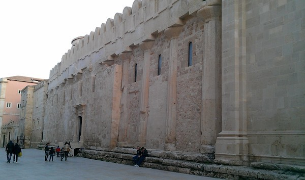 Sicily Siracusa Duomo & former temple to Athena